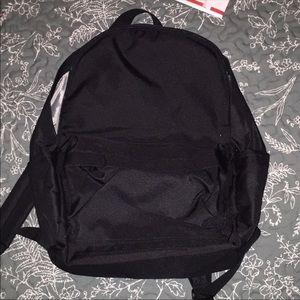 Amazon Basics Backpack - Must Bundle